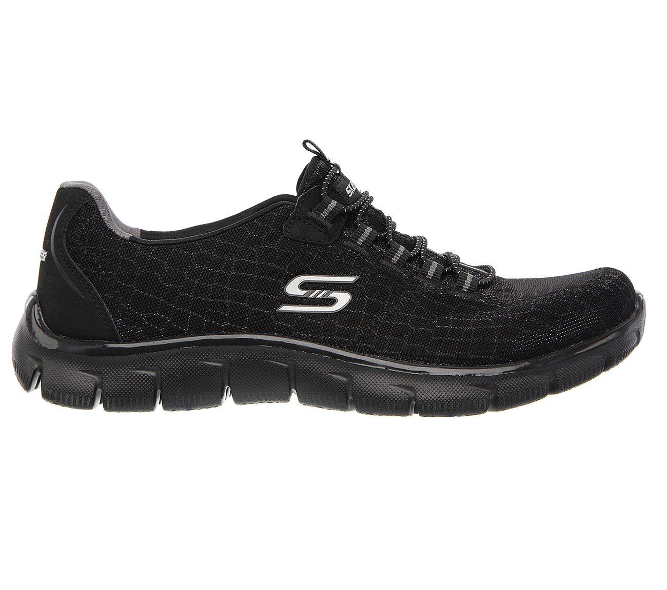 all black skechers running shoes