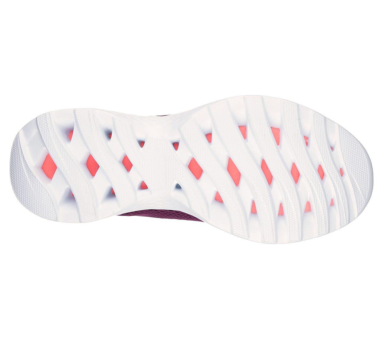 peor Regreso Pesimista  Buy SKECHERS Skechers GOtrain - Hype Skechers Performance Shoes