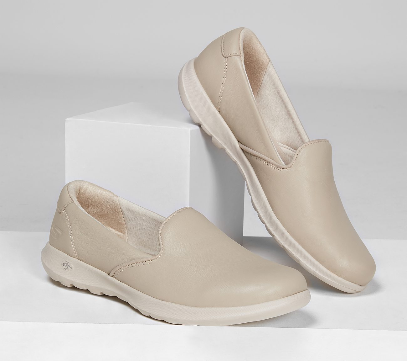 skechers go walk leather shoes