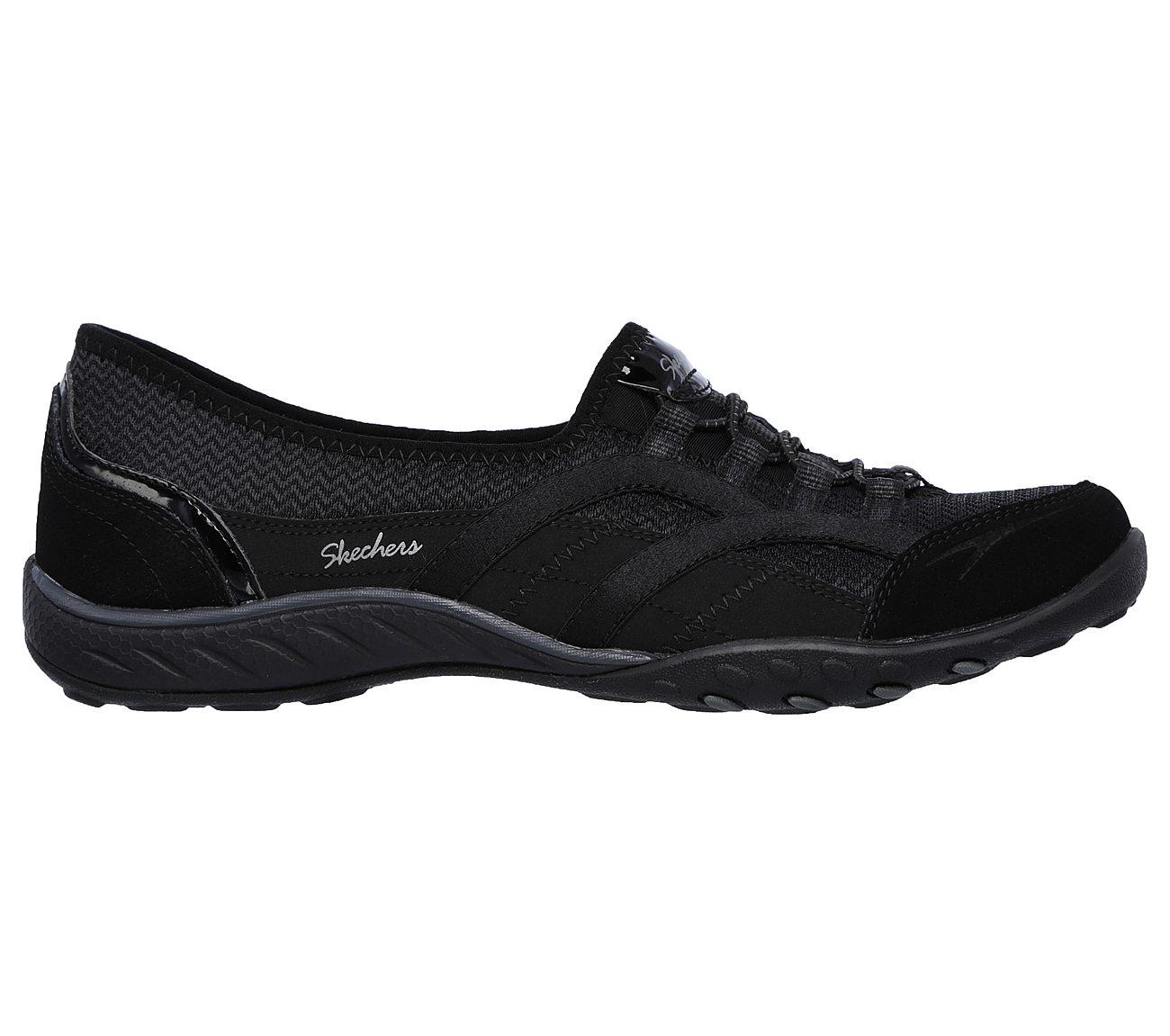 Skechers Womens Relaxed Fit Breathe Easy Faithful Slip-On SneakerBlackUS 8 M