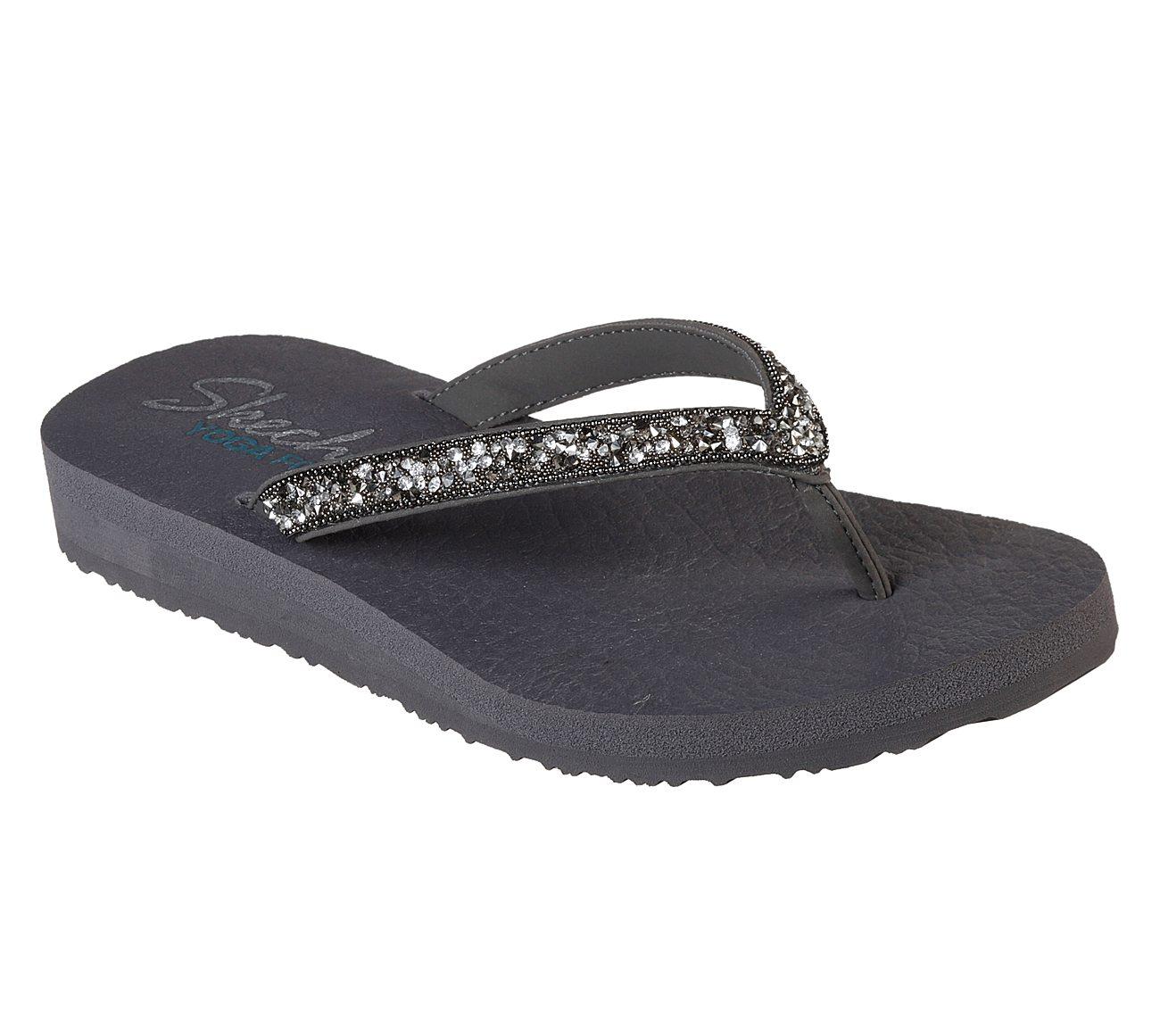 74545a5f1677e1 skechers slippers silver Sale