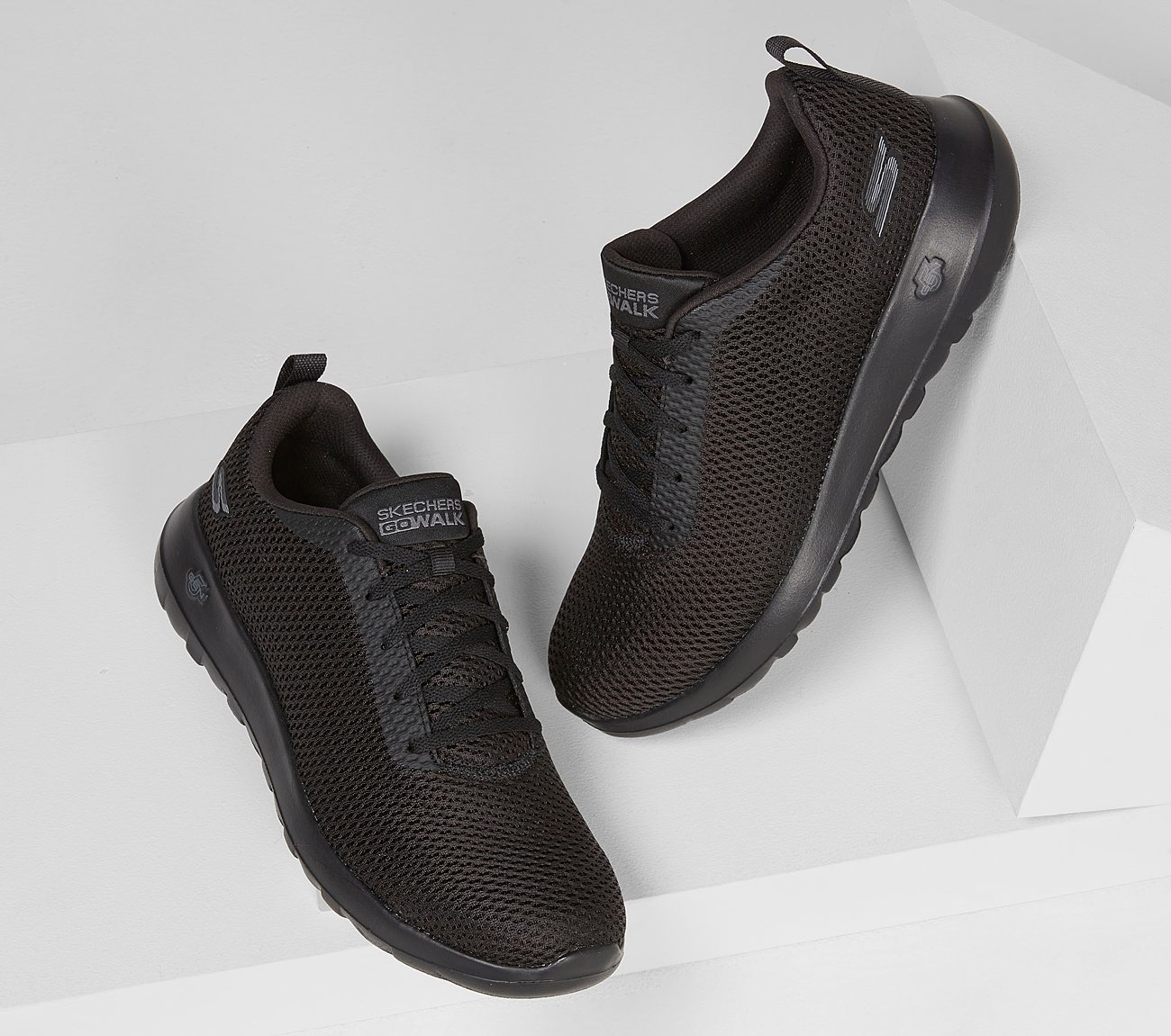 Skechers Mens GOwalk Max Effort Walking Shoes