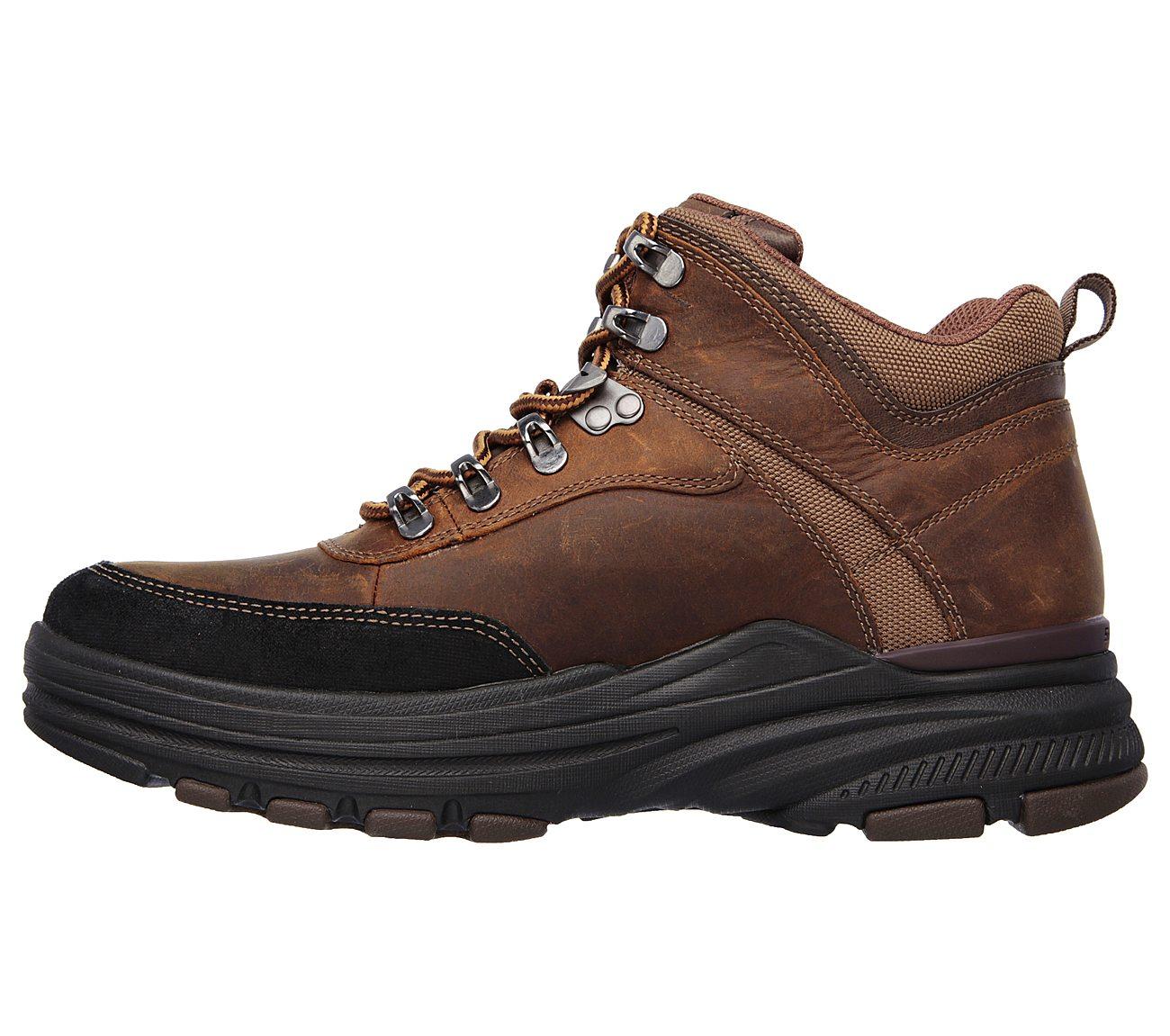 skechers relaxed fit holdren brenton boot