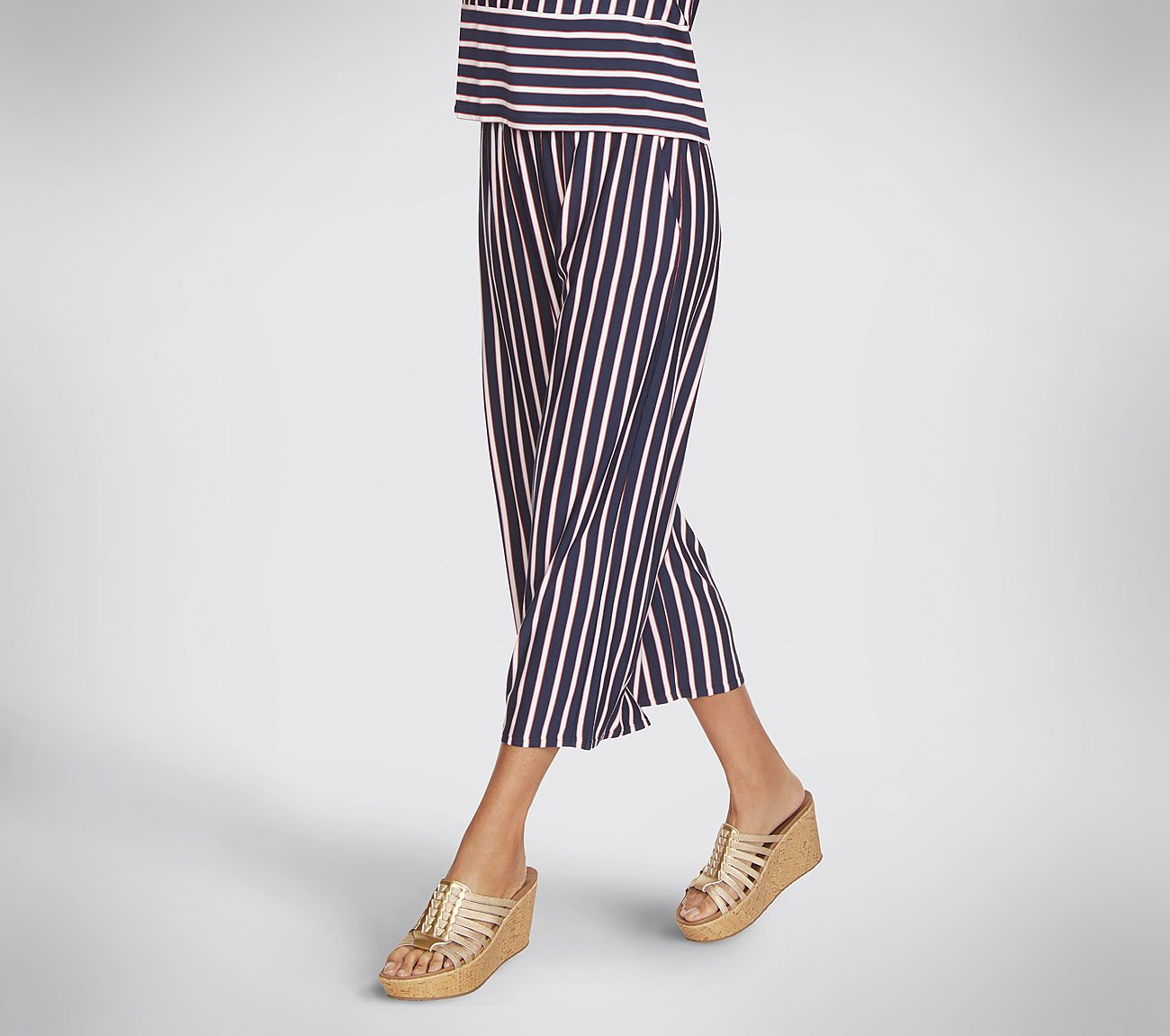 Skechers Apparel Resort Stripe Wide Leg Crop Pant