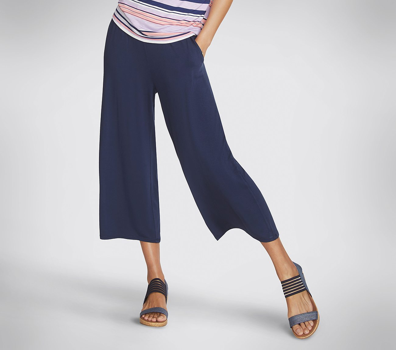 Skechers Apparel Resort Wide Leg Crop Pant